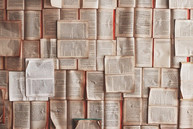 Kartki z książek