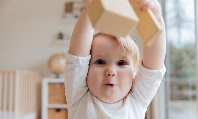Oklepywanie niemowlaka