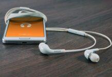 Jakie słuchawki douszne?