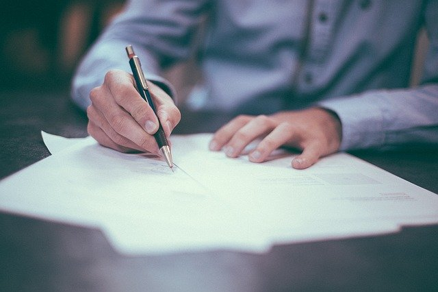 wypowiedzenie umowy o pracę kiedy złożyć